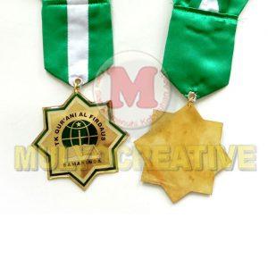 Buat Medali Kelulusan Desain Custom Bahan Logam Kuningan Harga Termurah