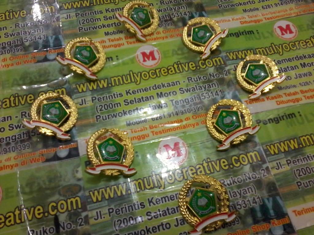 Pin Lencana Kuningan Depag Kementerian Agama mulyo