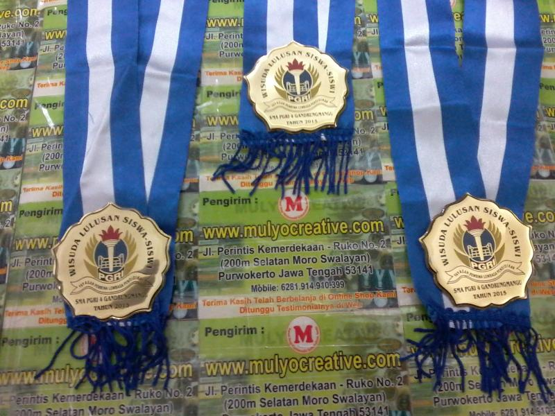 Tempah Gordon Wisuda Medali Pesan Buat Sma PGRI