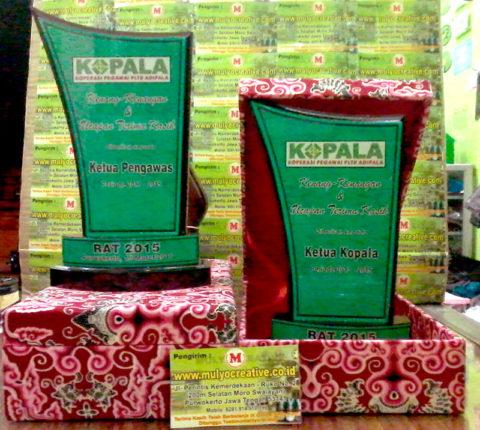Contoh Plakat Kayu + Box, mulyocreative.co.id
