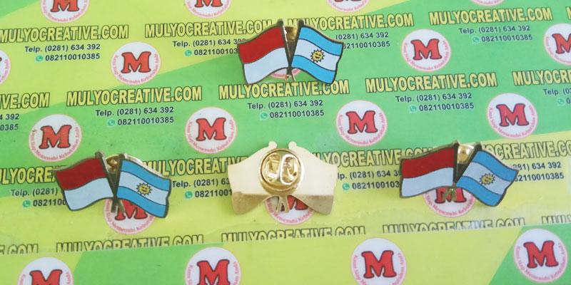 pin bendera kerja sama Indonesia dan Argentina