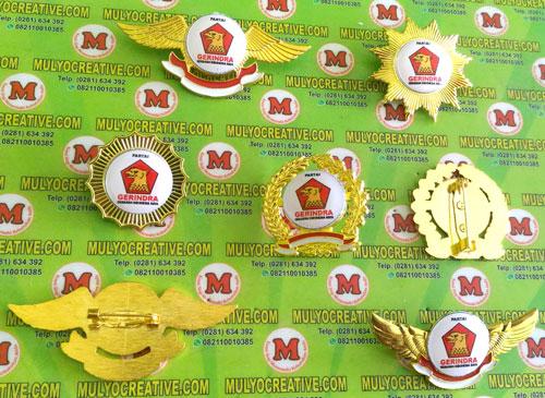 Beragam Model Pin Gerindra terbuat dari logam kuninganOrder dan Pesan sekarang juga di Mulyo Creative
