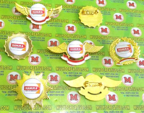 Beragam model Pin Hanura, Lencana Pin Partai Hanura, Order dan Pesan sekarang juga di Mulyo Creative