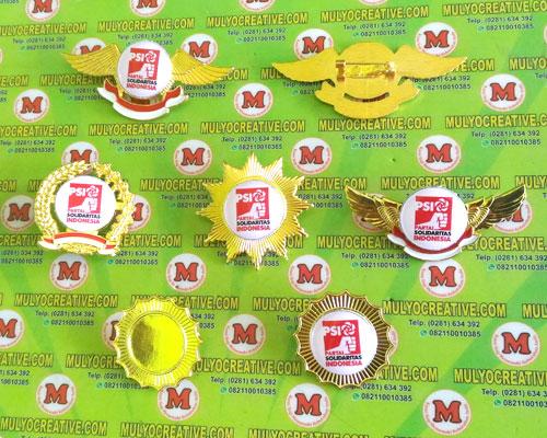 Beragam Pin PSI, Lencana Pin Partai PSI, Order dan Pesan sekarang juga di Mulyo Creative
